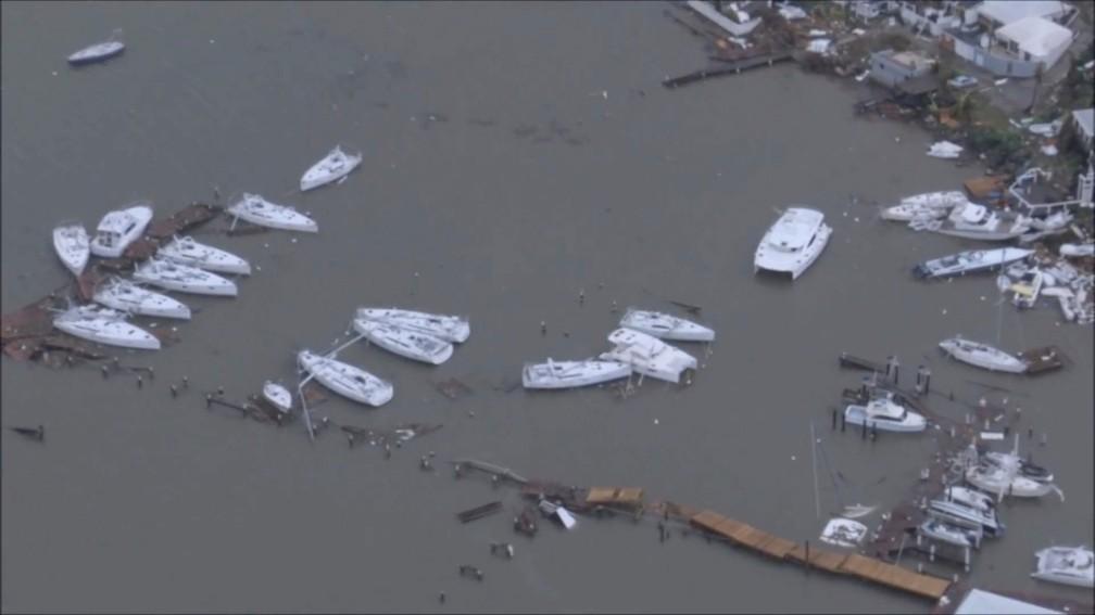 Furacão Irma deixou devastação na Ilha de Saint Martin, no Caribe (Foto: NETHERLANDS MINISTRY OF DEFENCE via REUTERS)