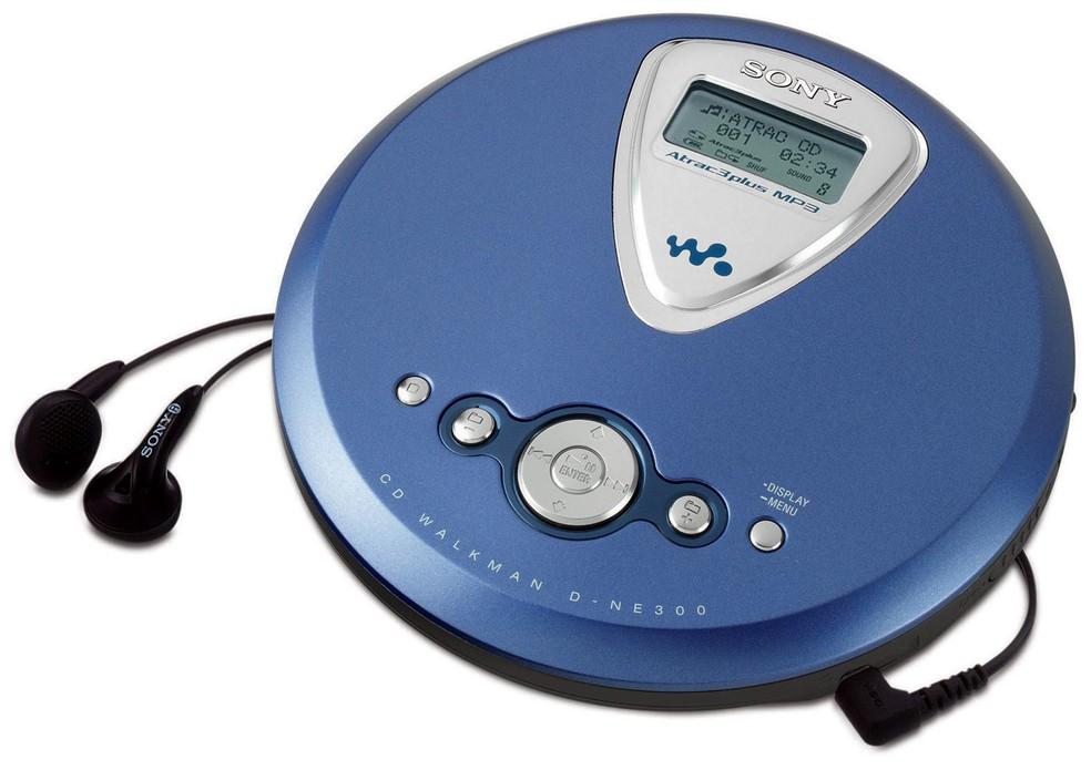 """Quem lembra de torcer para o CD não """"pular"""" no Discman? — Foto: Foto: Divulgação/Sony"""
