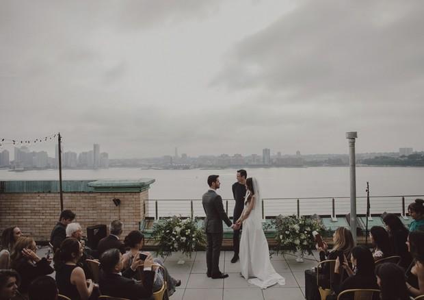 A designer Lívia Facirolli e o chef Rafael Capobianco elegeram o topo do WestBeth, no West Village, em Nova York (Foto: Divulgação/ Julio Casanova (Claudia Stella) e Duo Borgatto (Ana Carolina Gonçalves))