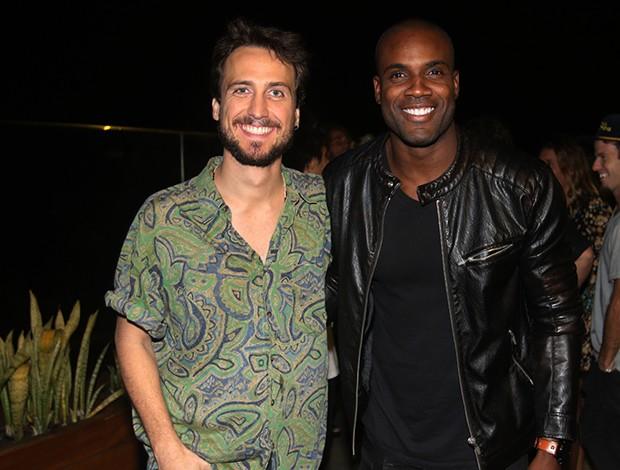 Igor Angelkorte e Rafael Zulu (Foto: Eny Miranda/ Divulgação)