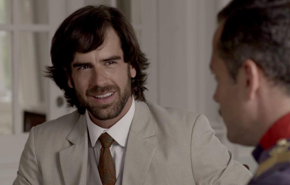 Brandão confessa a Rômulo que foi amantes de Josephine (Foto: TV Globo)