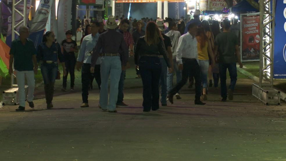 Feira agropecuária da cidade segue até o próximo domingo (28)  — Foto: Rede Amazônica/Reprodução