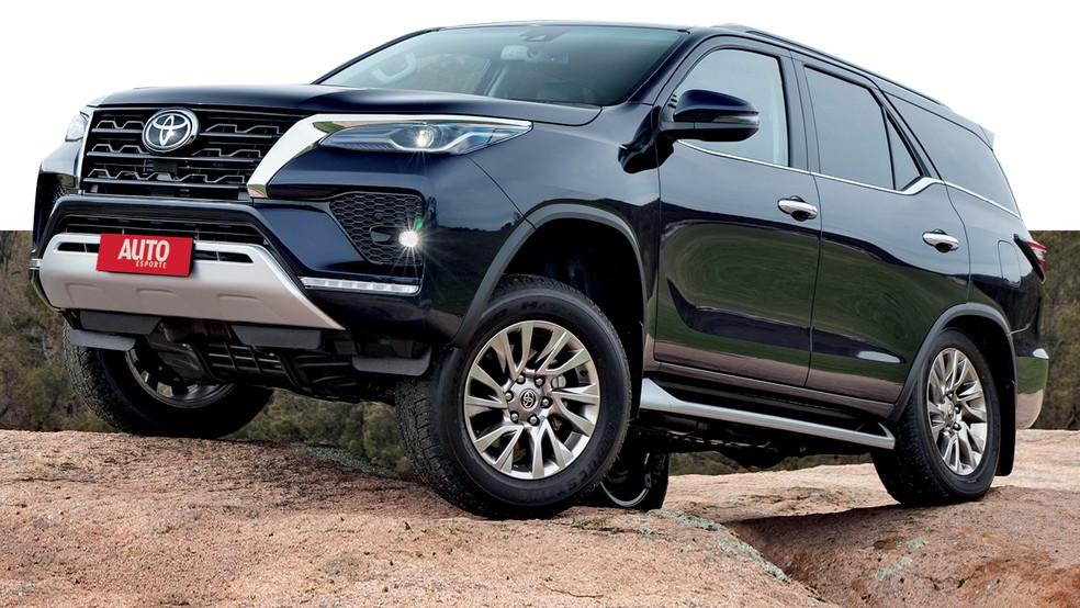 O SUV da Hilux irá acompanhar as mesmas mudanças, incluindo a melhoria na motorização — Foto: Divulgação