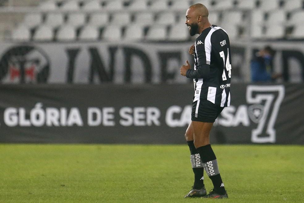 """Chay comemora o primeiro gol do Botafogo no clássico com o Vasco. """"Chama o teu vulgo, Malvadão"""" — Foto: Vitor Silva/Botafogo"""