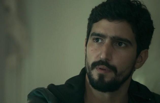Na quarta (22), Jamil pensará que conhece Basma/Dalila de algum lugar e desconfiará das intenções da moça (Foto: Reprodução)