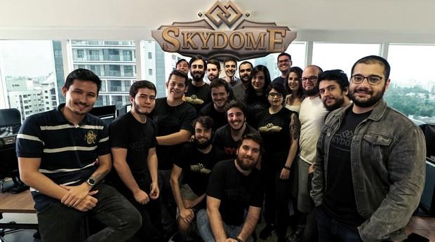Equipe da Kinship Entertainment, estúdio responsável pelo jogo Skydome (Foto: Divulgação)