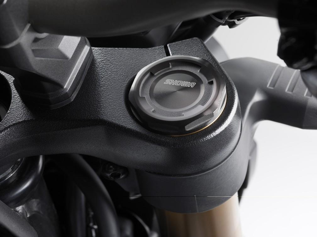 Honda CB 650R ganhou suspensão invertida na dianteira — Foto: Honda/Divulgação