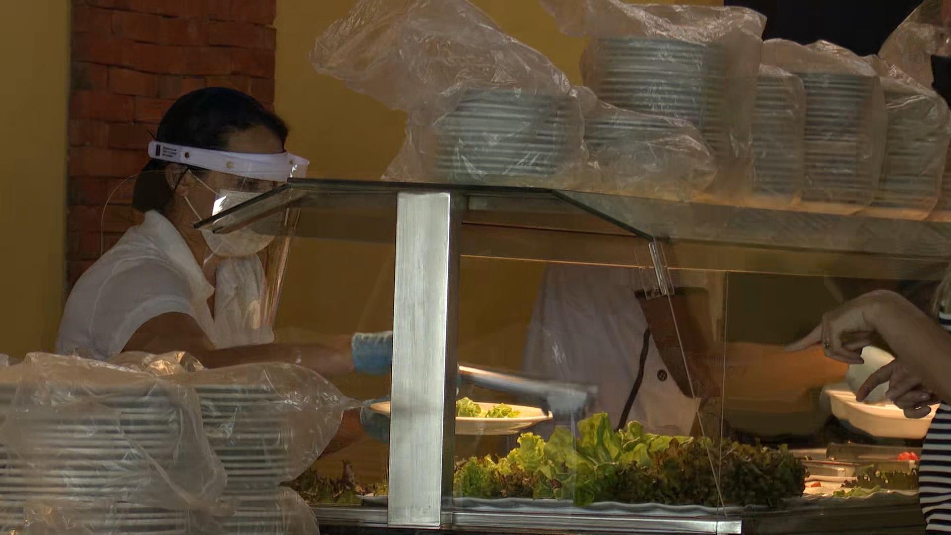 SineBahia divulga 90 vagas para  primeiro emprego em restaurante em Salvador