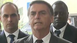 Bolsonaro sobre Onyx: '100% só confio nos pais' (Reprodução/G1)