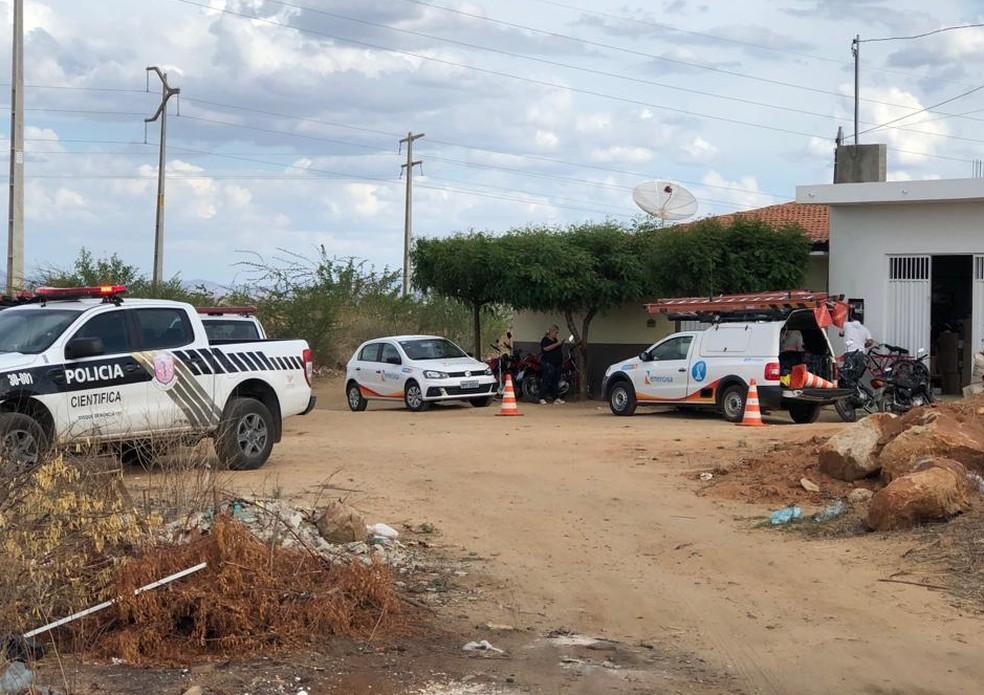 Energisa realização ação de combate ao furto de energia na cidade de Patos — Foto: Divulgação/Energisa