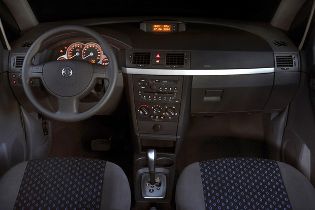 Chevrolet Meriva Easytronic Painel (Foto: Divulgação)