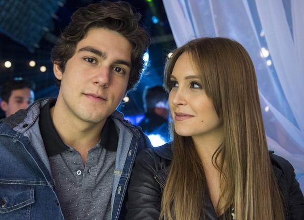 Daniel Rangel e Carla Diaz em cenas de Malhação Vidas Brasileiras (Foto: Estevan Avellar/TV Globo)