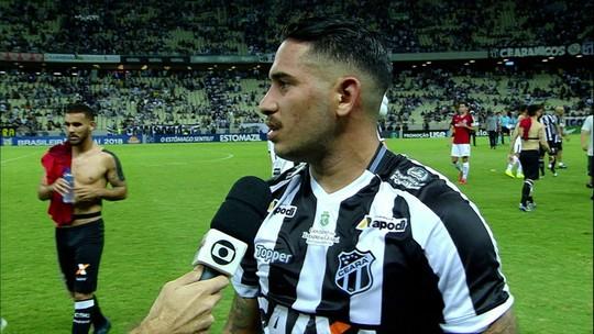 """Leandro Carvalho lamenta empate para o Inter: """"Quando não é para entrar, não entra"""""""