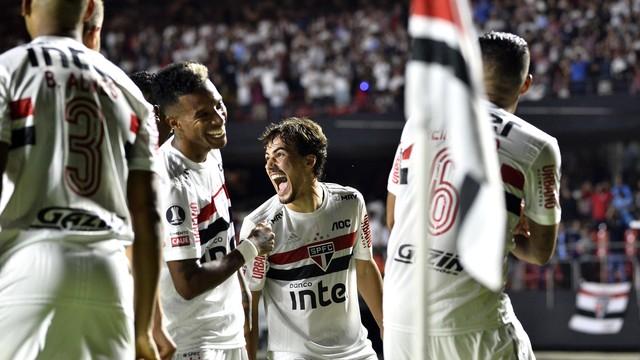 Igor Gomes comemora gol do São Paulo contra a LDU
