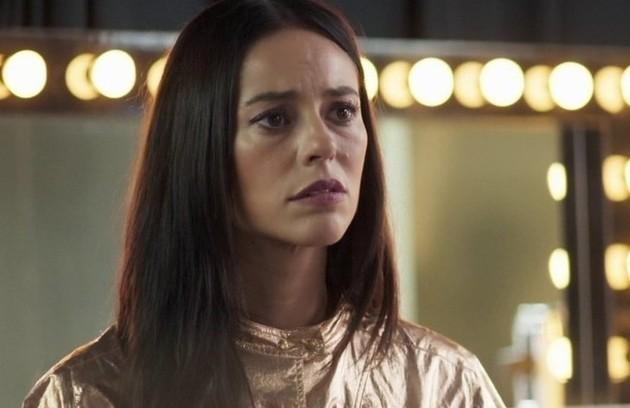 Na quarta (7), Vivi (Paolla Oliveira) contará para Otávio (José de Abreu) a verdade sobre a morte de Cosme (Osvaldo Mil) e pedirá que ele não traia mais sua mãe (Foto: TV Globo)