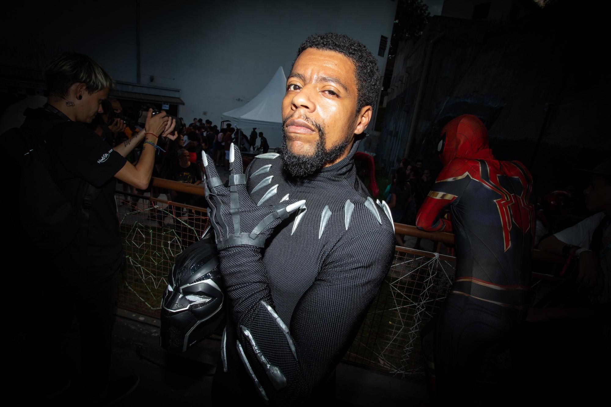 'Sósia' de Pantera Negra vence concurso de cosplay da PerifaCon, Comic Con da periferia - Noticias
