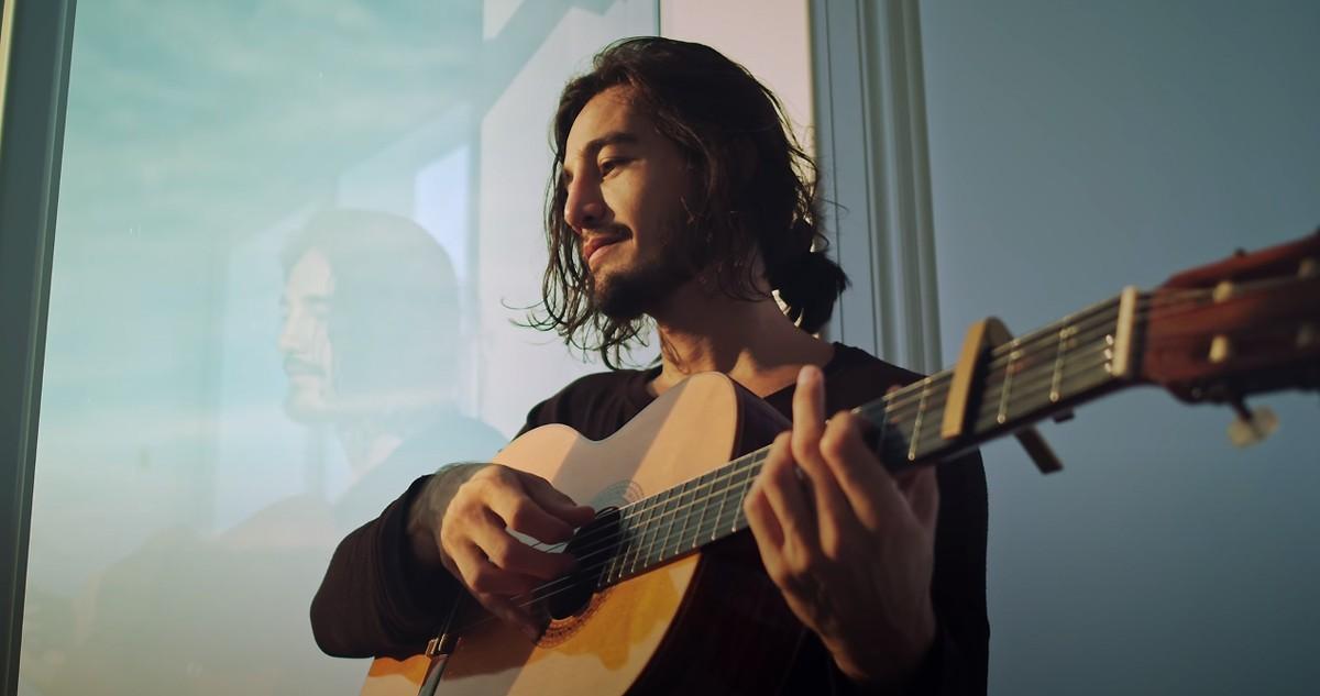 Tiago Iorc dá passo atrás com canção adolescente | Blog do Mauro Ferreira