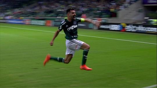 Delírio verde: Bruno Henrique faz gol da vitória a 10 segundos do fim do jogo