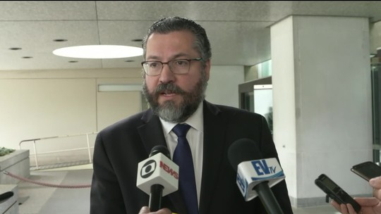Ministro das Relações Exteriores do Brasil, Ernesto Araújo, fala sobre a Venezuela