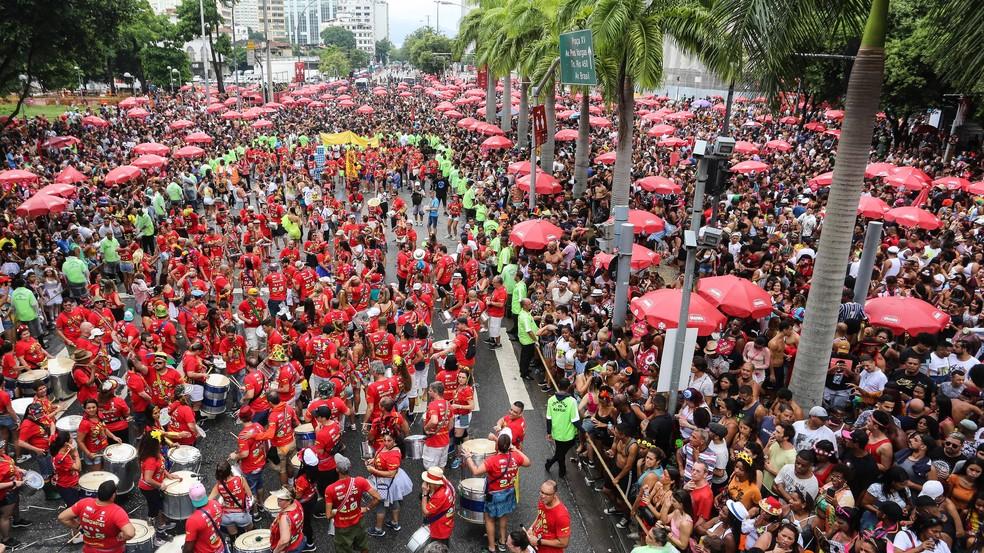 Monobloco arrasta multidão no Centro do Rio — Foto: Fernando Maia/Riotur/Divulgação