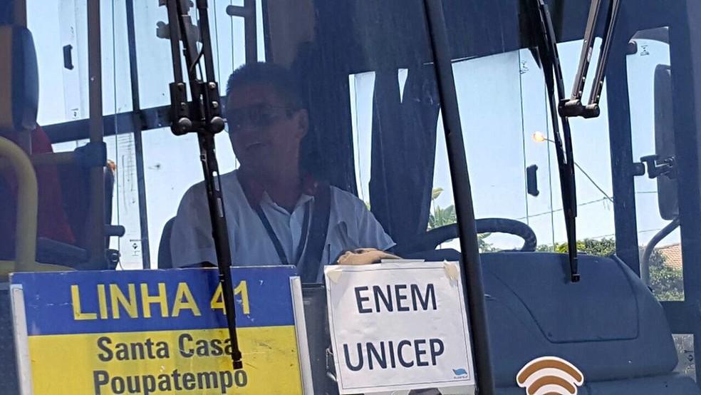 Resultado de imagem para ônibus enem são carlos