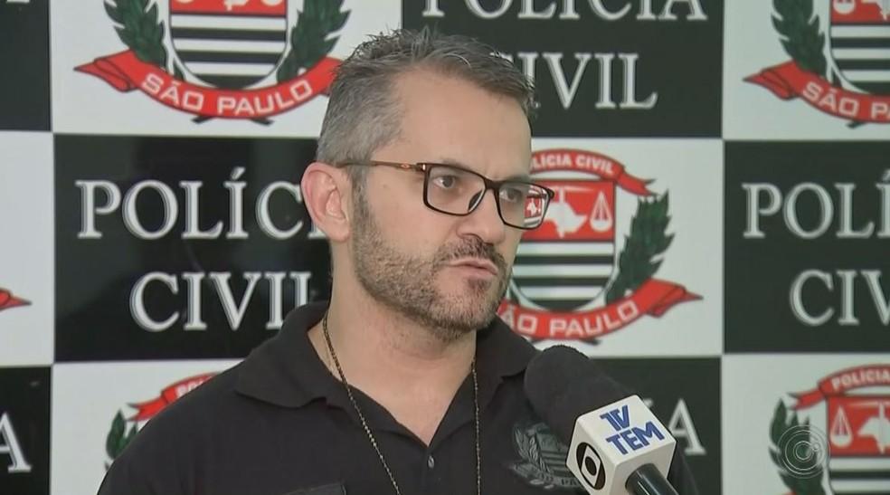 Delegado Marcelo Góes diz que suspeito que foi preso e liberado por ato libidinoso é também investigado pela morta da jovem — Foto: TV TEM/Reprodução