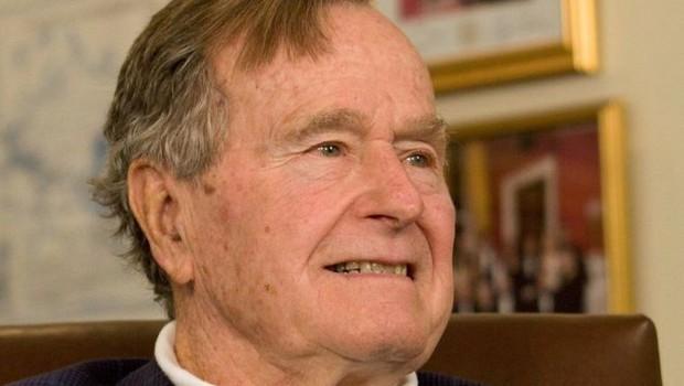 Ex-presidente americano George H.W. Bush (Foto: Reuters, via BBC)