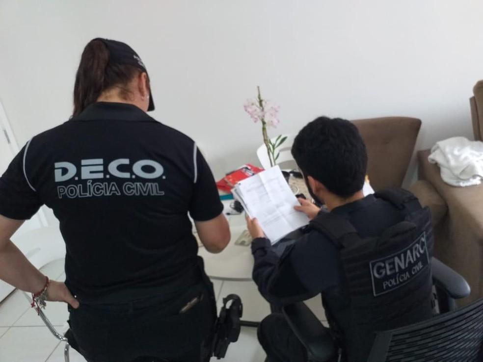 Delegada diz que Deco está apoiando ação de GO que apura fraudes e corrupção — Foto: Polícia Civil/Divulgação