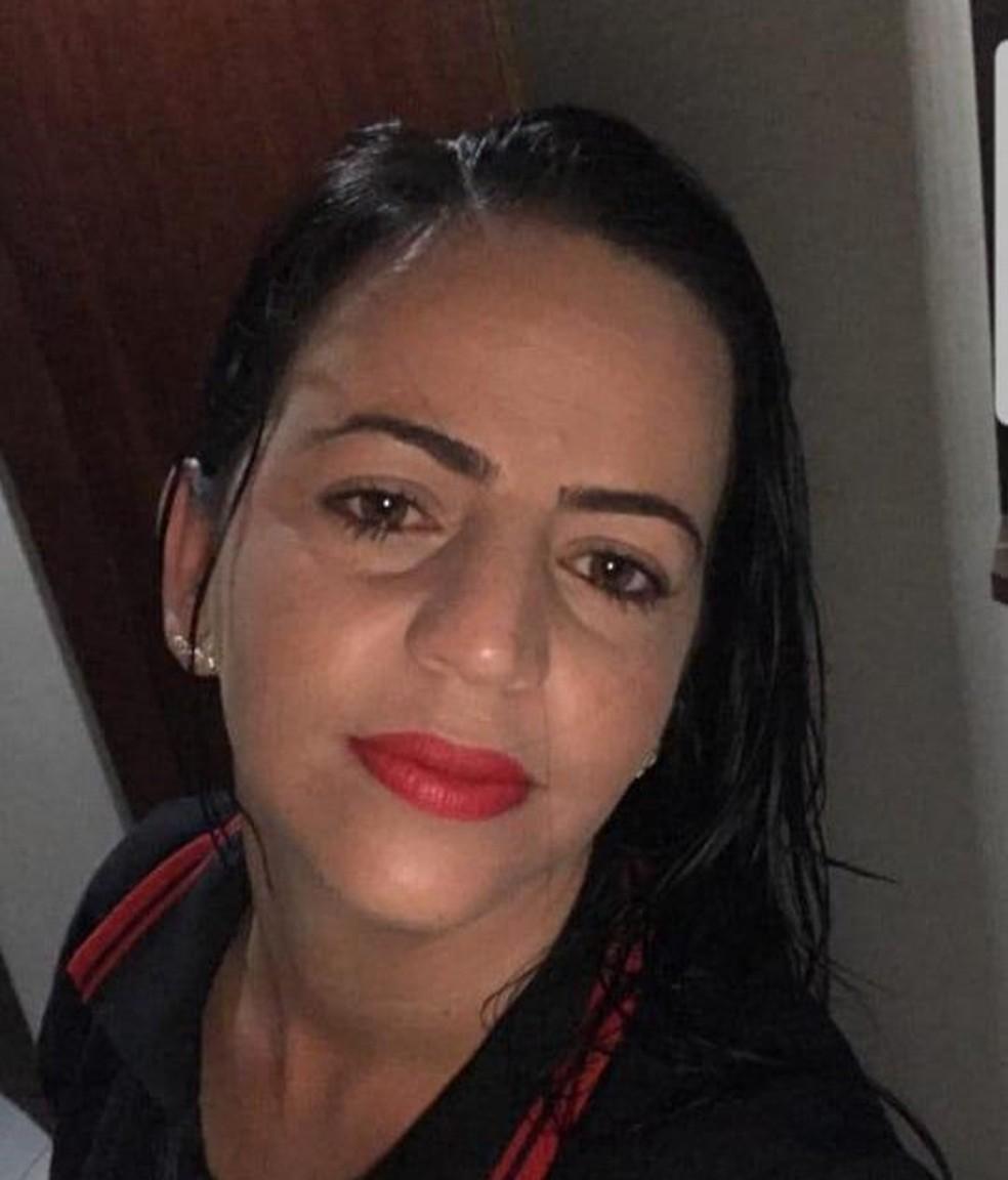 Tâmara de Oliveira Queiroz foi morta pelo ex-companheiro com três tiros, em João Pessoa — Foto: Sara Valença/Arquivo Pessoal