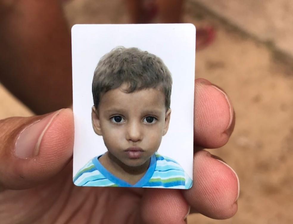 Leonardo Gurgel dos Santos, de 3 anos, morreu atropelado por um caminhão na Zona Norte de Natal (Foto: Kleber Teixeira/Inter TV Cabugi)
