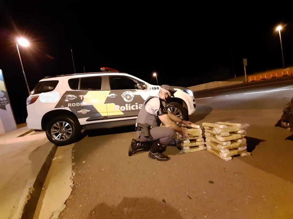 Ocorrência foi na noite deste sábado, em Presidente Venceslau — Foto: Polícia Militar Rodoviária