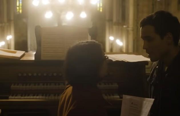Benê e Guto na cena em que terminam o namoro (Foto: Reprodução)
