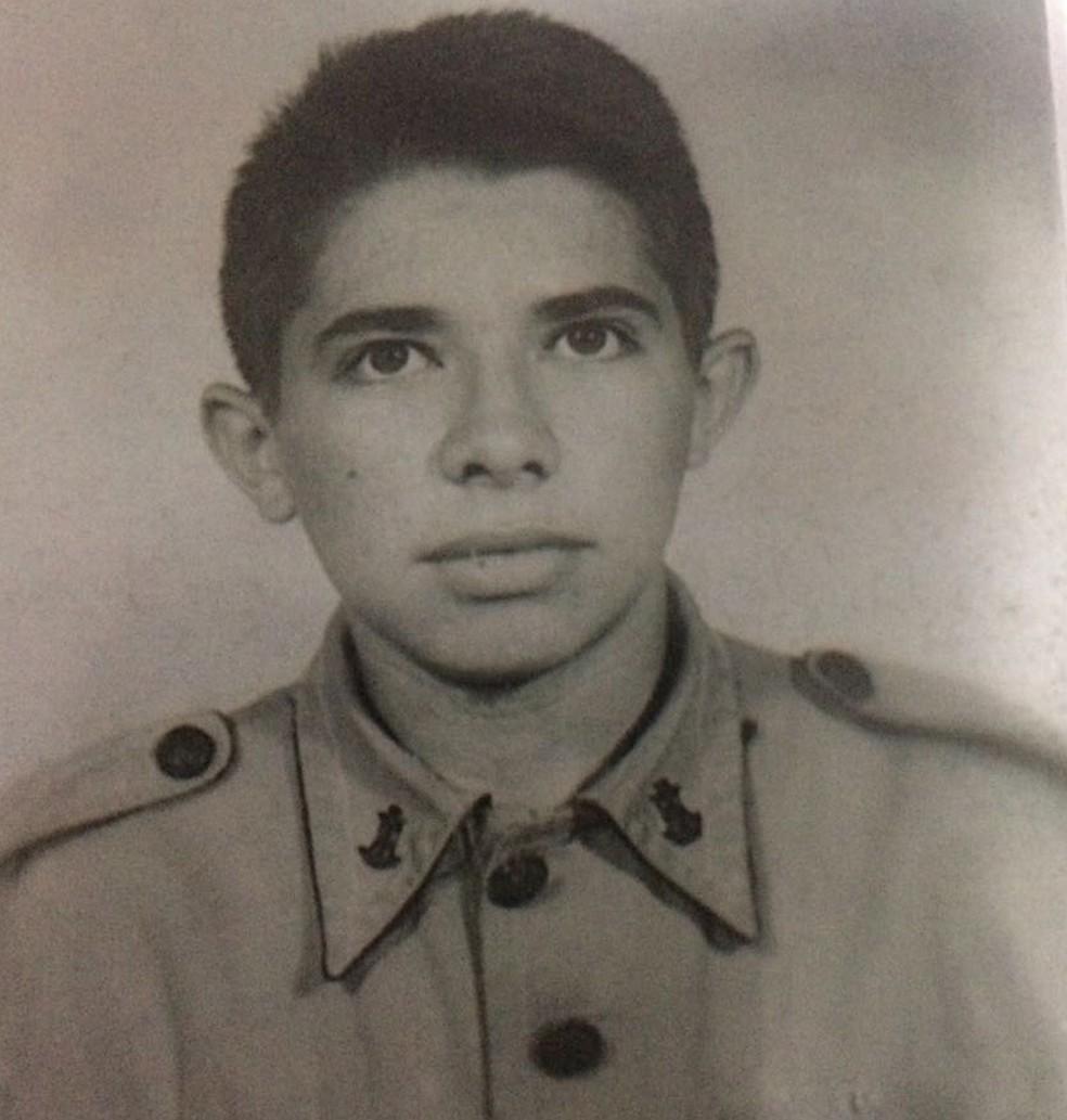 Antônio Teodoro de Castro, aos 15 anos; estudante é reconhecido como desaparecido político (Foto: Eliane Castro/Arquivo Pessoal)