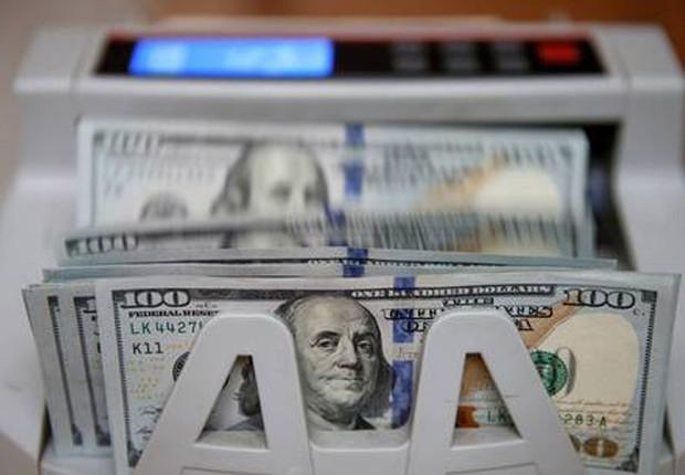 Dólar ; dólares ; câmbio ; repatriação ; estudar no exterior ; moeda norte-americana ; investimento ;  (Foto: Valentyn Ogirenko/Reuters)