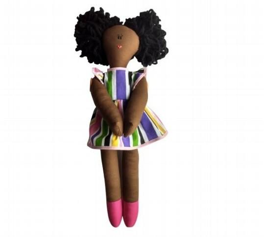 Dandara, a boneca preta