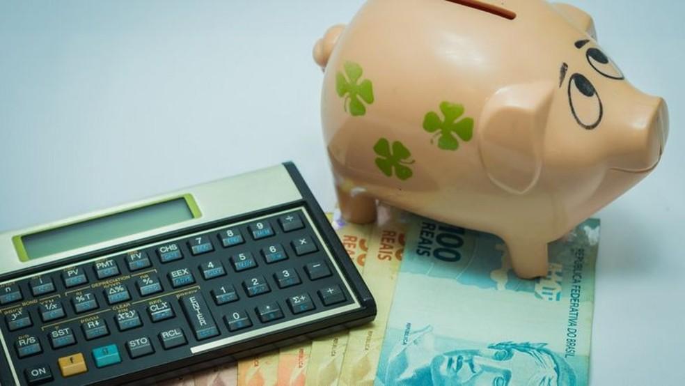Dívida pública bruta deve chegar a 96% do PIB neste ano — Foto: Getty Images por BBC