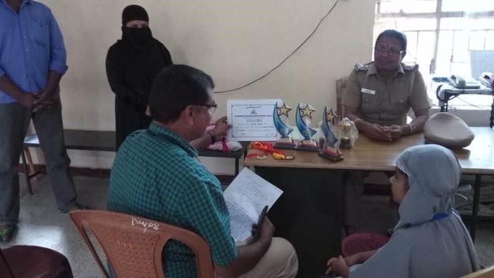 Polícia alertou autoridades locais sobre a reclamação de Hanifa — Foto: BBC Tamil