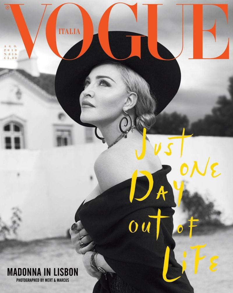 Vogue Italia agosto 2018 Mert Alas and Marcus Piggott (Foto: Reprodução )