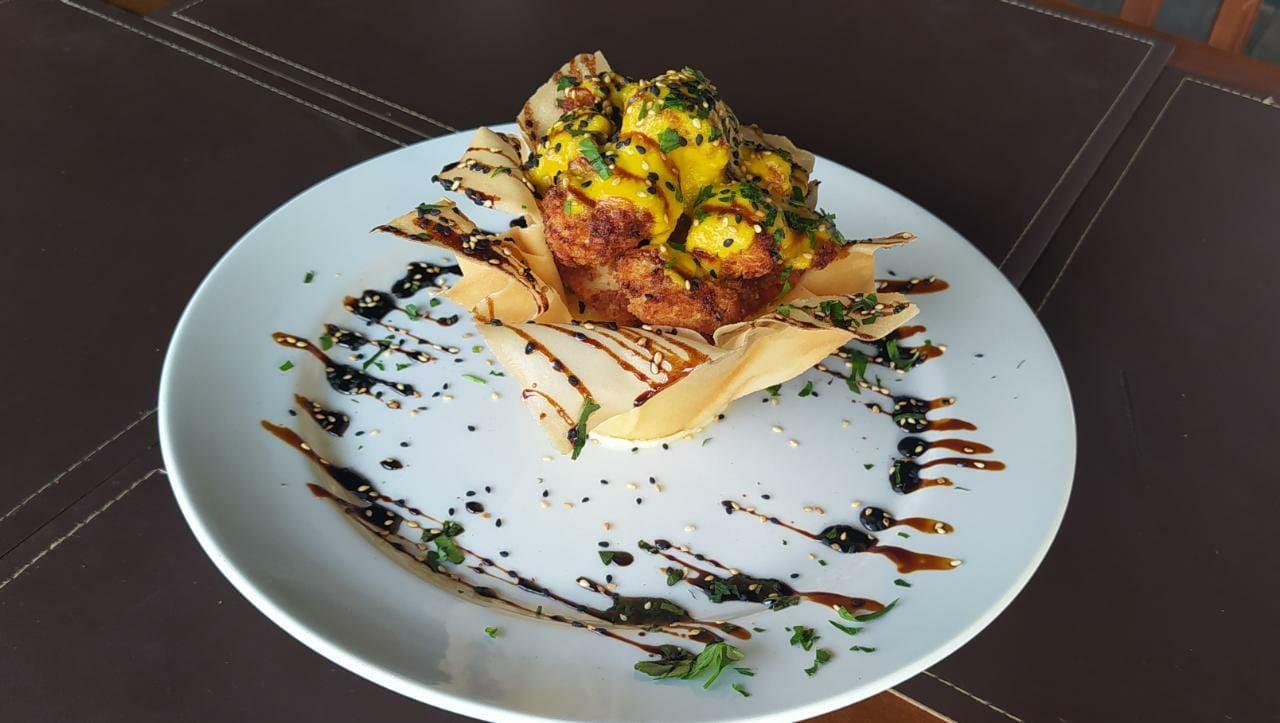 Com frango empanado, Cesto de Harumaki com Risoto ganha toque especial de limão siciliano