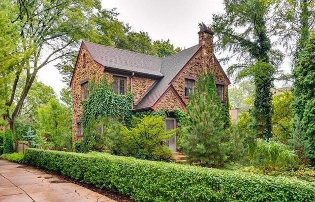 Casa em que Harrison Ford passou a infância está à venda por R$1,6 milhão (Foto: Reprodução / Realtor)