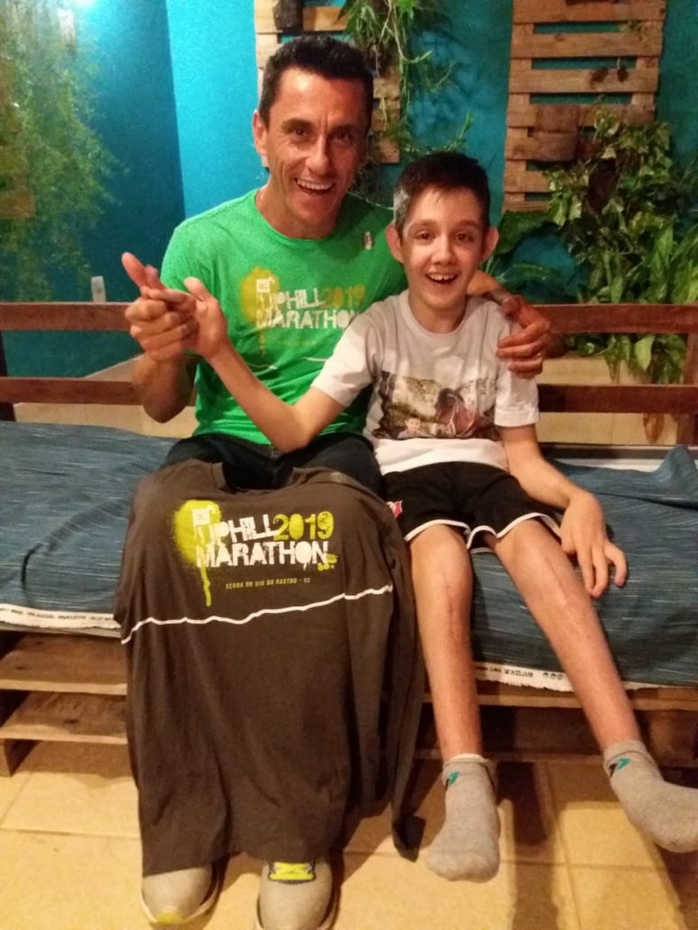 Cleiton e Jonas vão correr após serem sorteados para participar da prova — Foto: Divulgação Mizuno Uphill Marathon