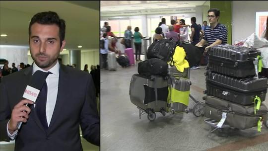 Bolsonaro veta trecho de MP que isentava cobrança de bagagem de até 23 kg em voos domésticos