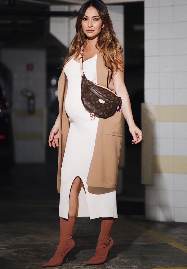 Sabrina Sato usa pochete Louis Vuitton (Foto: Acervo Pedro Sales)