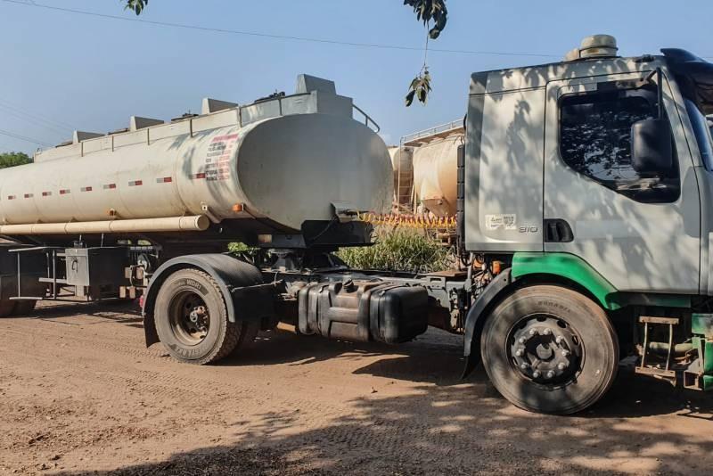 Sefa apreende 20 mil litros de combustível e 12 mil garrafas de cerveja no Pará
