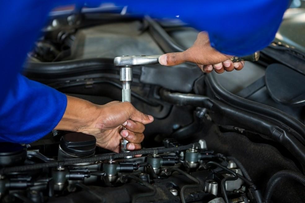 Curso de mecânico de automóveis será oferecido pelos programas do Governo de Pernambuco (Foto: Governo de Pernambuco/Divulgação)