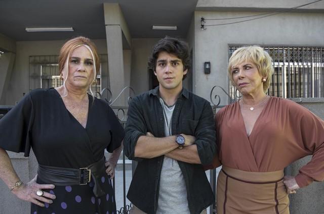 Vera Holtz, Daniel Rangel e Arlete Salles em 'Eu, a vó e a Boi' (Foto: Estevam Avellar/TV Globo )