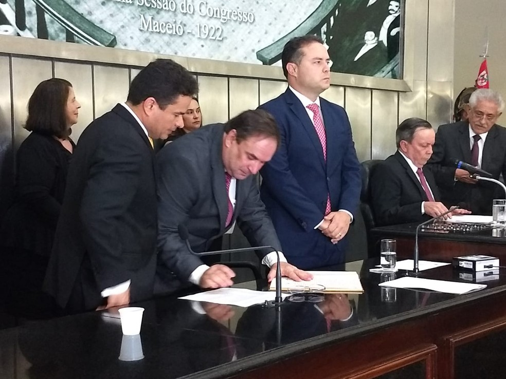 Vice-governador de Alagoas, Luciano Barbosa também tomou posse nesta terça, na ALE — Foto: Derek Gustavo/G1