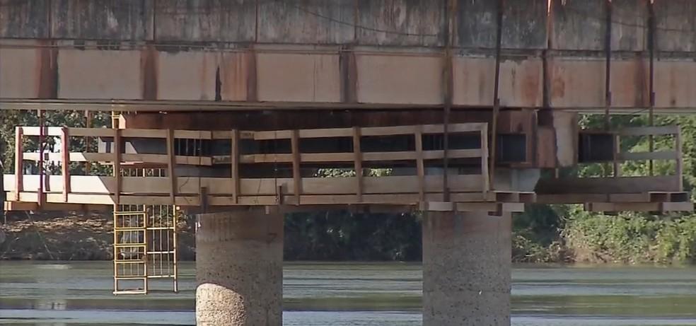 Ponte passará por obras de elevação devido à construção da Usina Hidrelétrica de Sinop (Foto: Reprodução/TVCA)