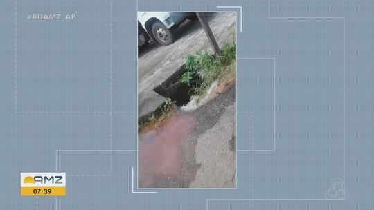 Morador registra vazamento de água tratada da Caesa, no bairro Buritizal, em Macapá