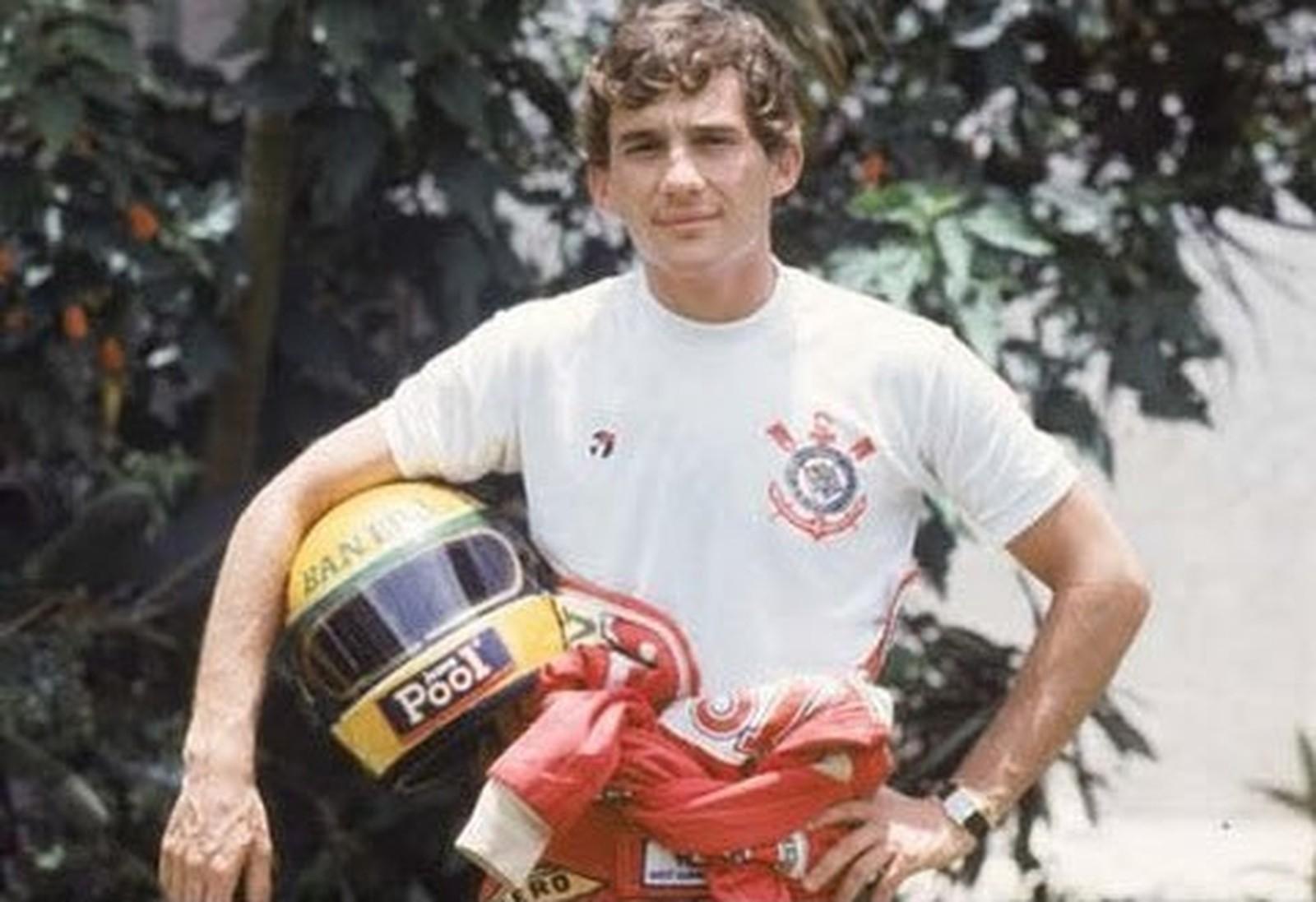 Veja detalhes da camisa que o Timão fará em homenagem a Ayrton Senna 4a888421f0a29